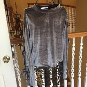 Gorgeous gray velvet top